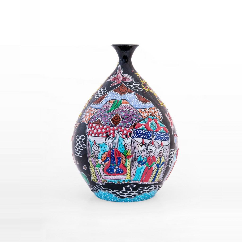 Bottle with miniature ;32;25 - ARTIST Saim Kolhan