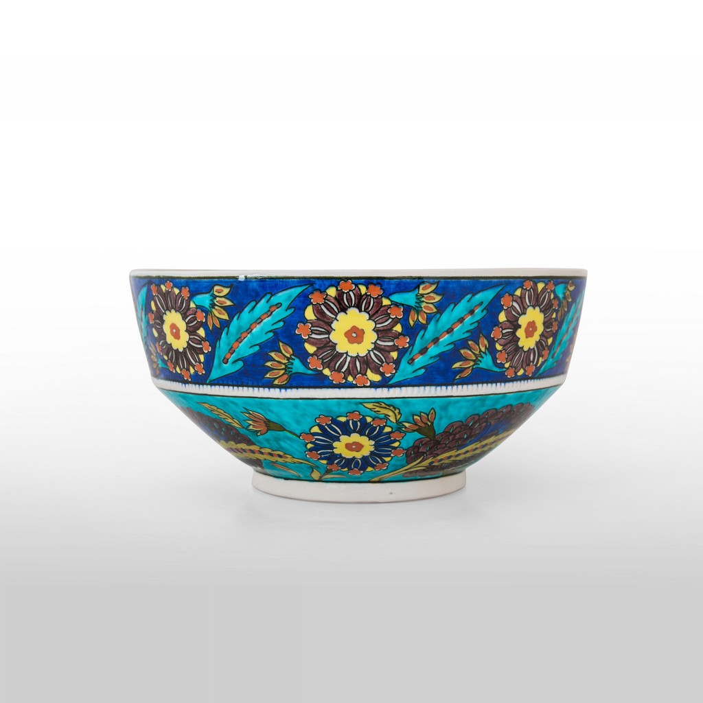 Bowl with artichoke and floral pattern ;14;28 - FLORAL