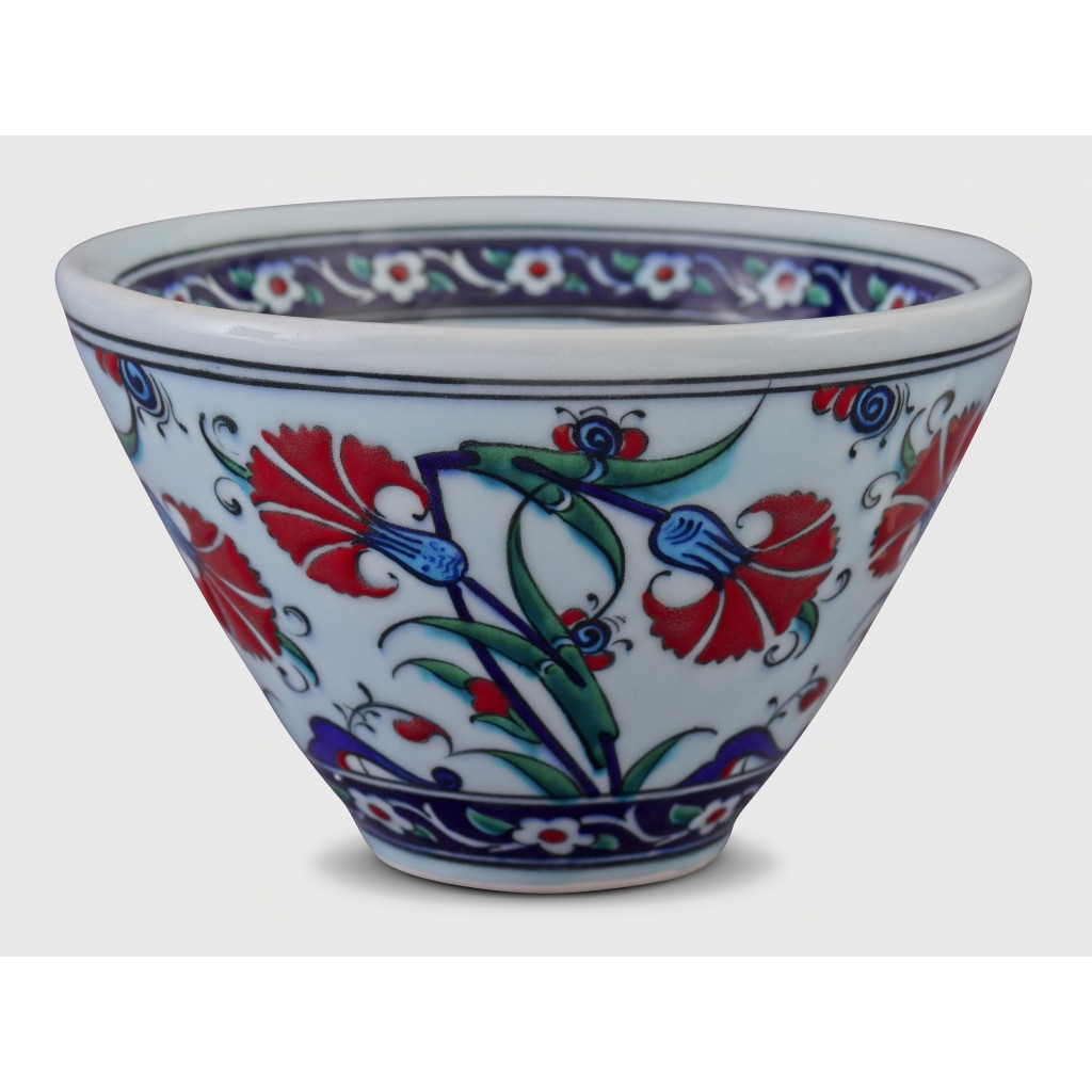 Bowl with carnation pattern ;11;18;;; - BOWL