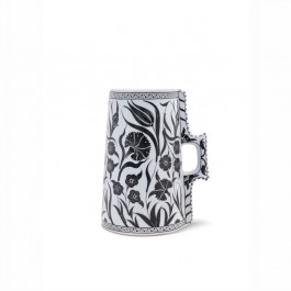 BLACK & WHITE Cylindrical tankard with floral pattern ;;