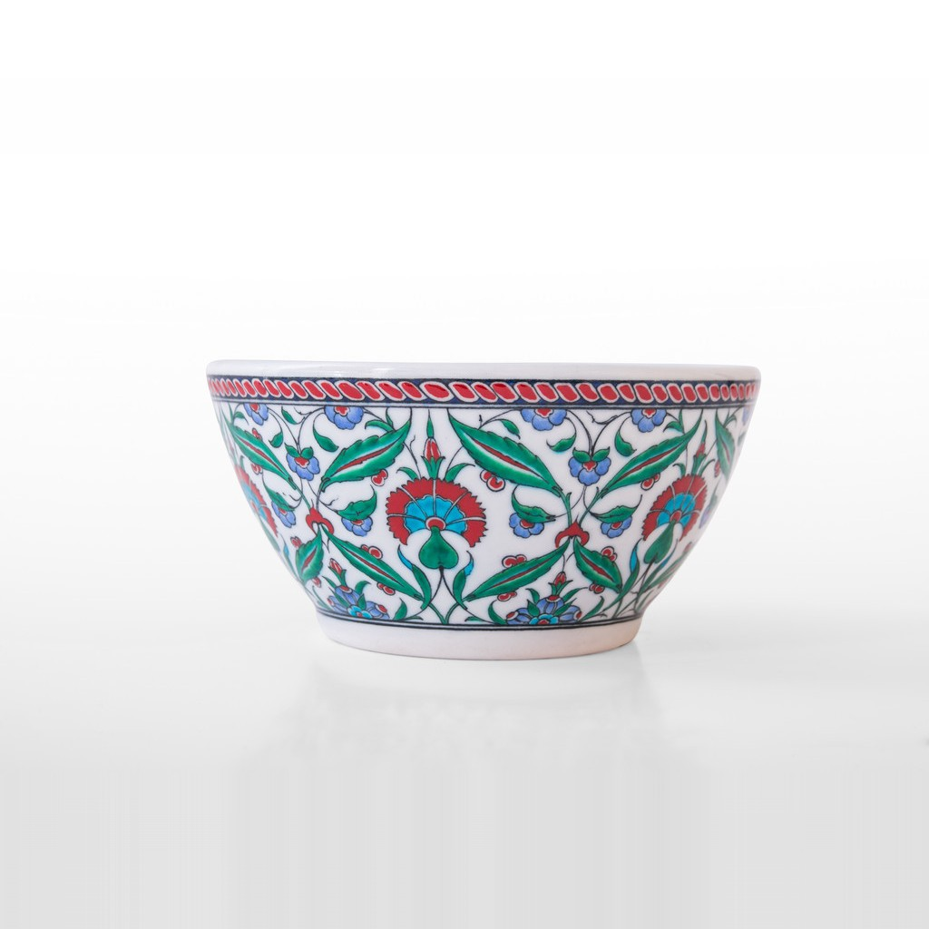 Deep bowl with carnation flower inside ;12;23 - BOWL