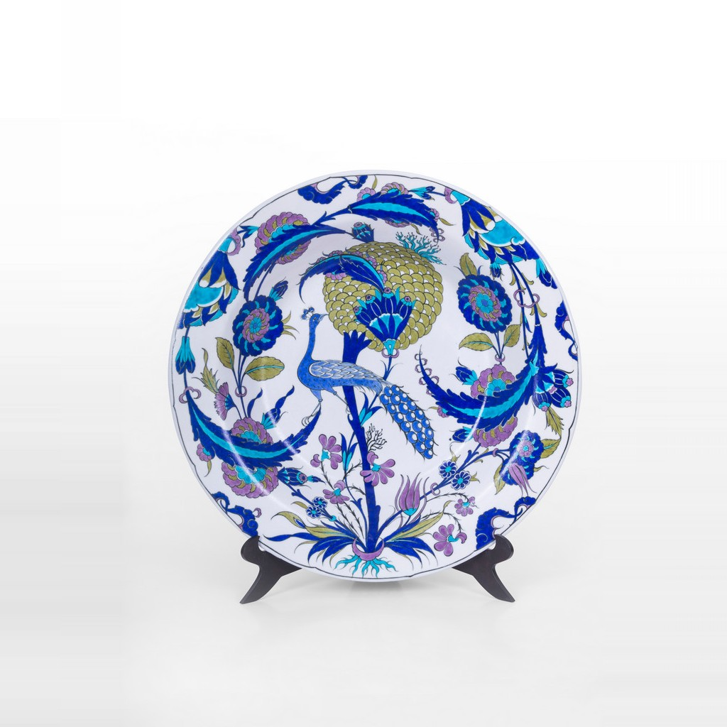 Deep plate with peacock figure - Early Iznik Style ;10;51 - FIGURE & FIGURINE
