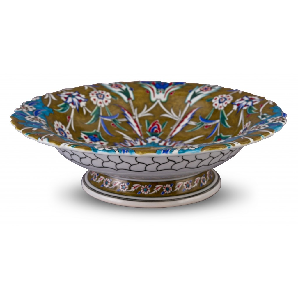 Footed bowl with floral pattern ;12;41;;; - BOWL
