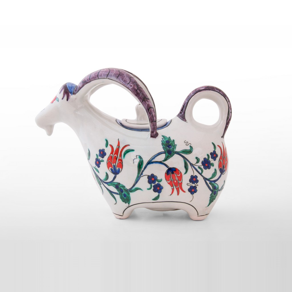 Goat figurine with tulips and saz leaves ;20;26;;; - DECORATIVE ITEM & OBJECTS