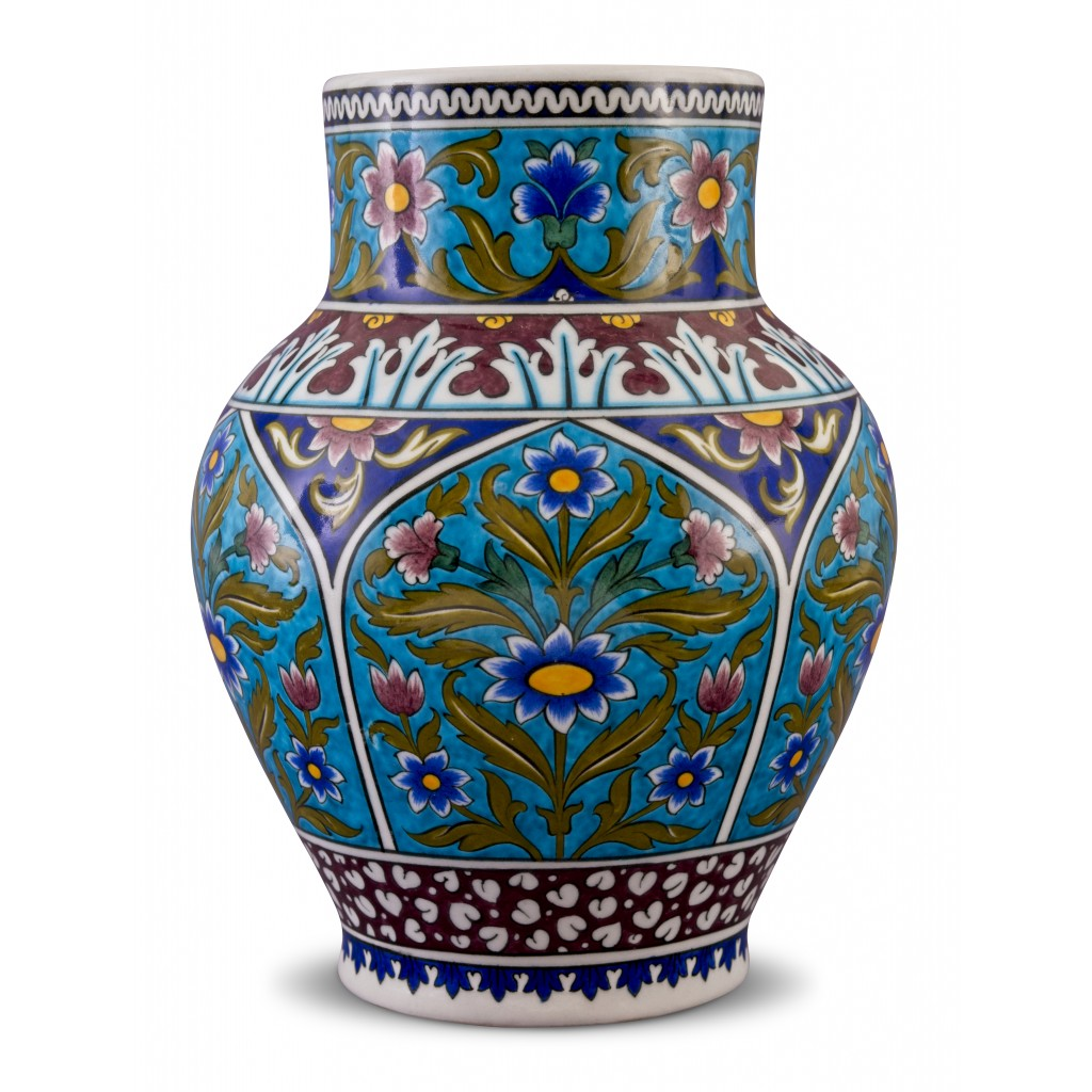 Jar with floral pattern ;31;20;;; - ARTIST Adnan Ergüler