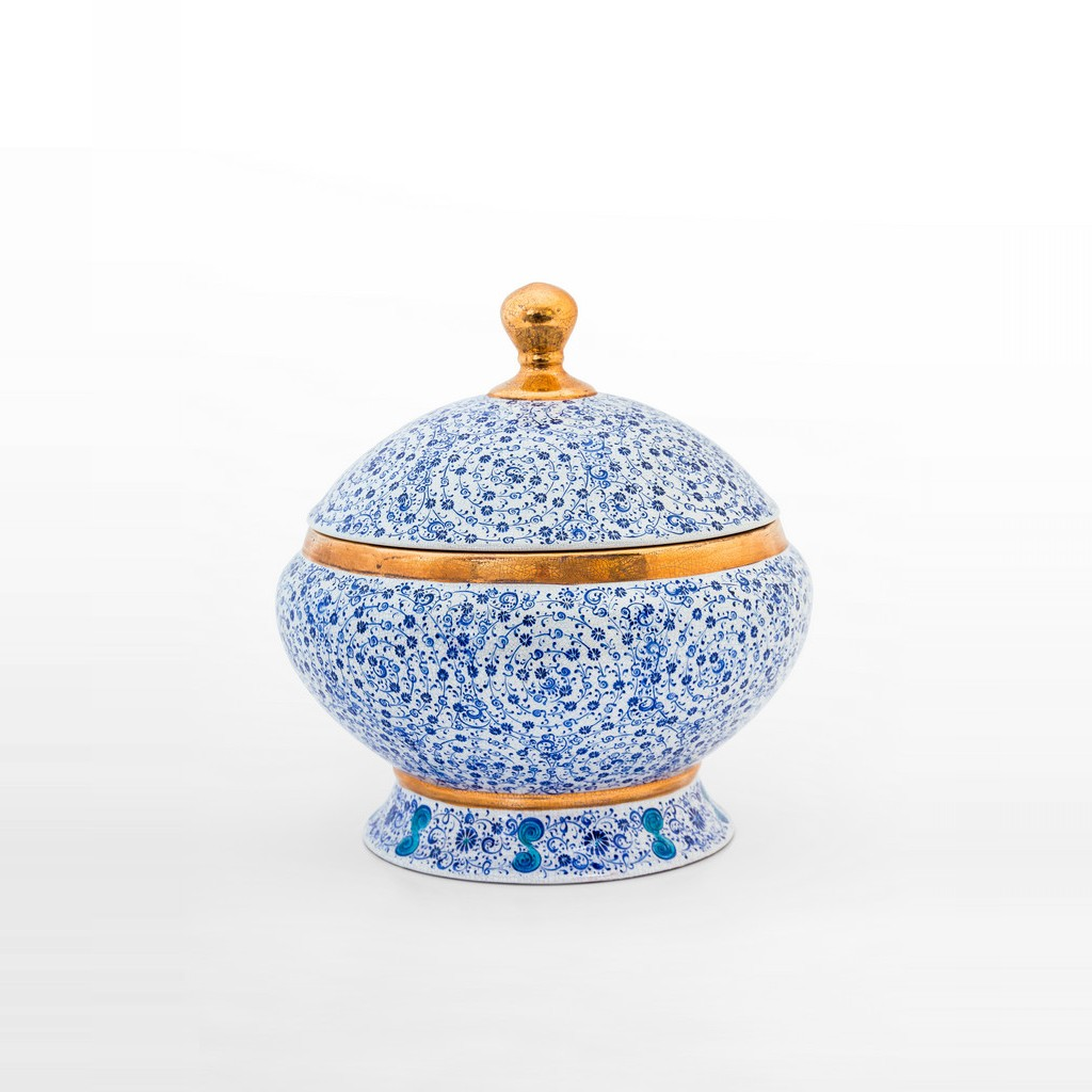 Jar with spiral tugrakesh (golden horn) pattern ;30;30 - BLUE & WHITE