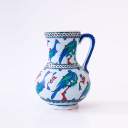 FIGURE & FIGURINE Jug with bird figures ;23;15