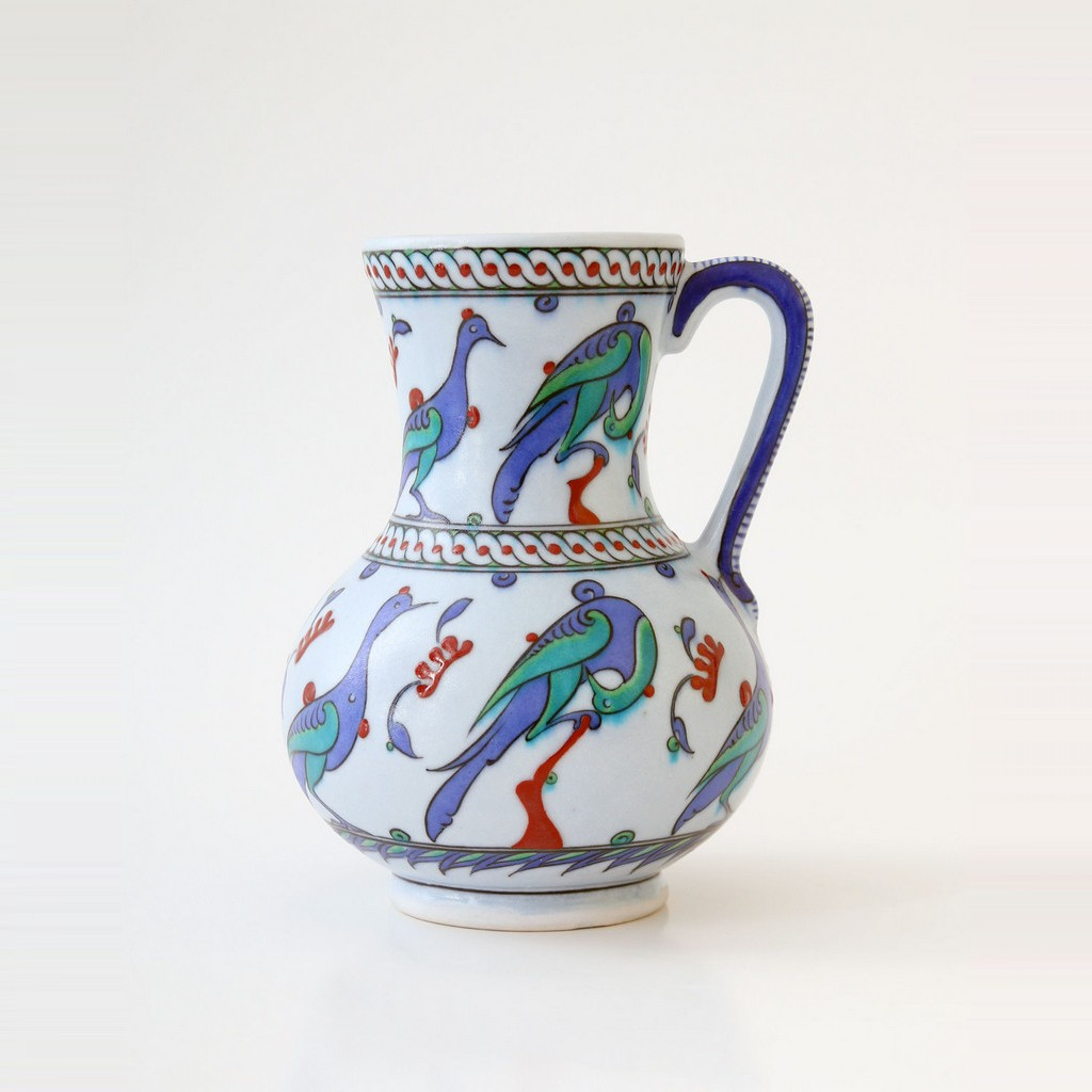 Jug with bird figures ;23;15 - JUG