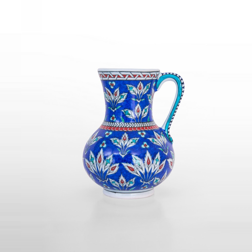 Jug with leaves and chintemani ;22;17 - FLORAL