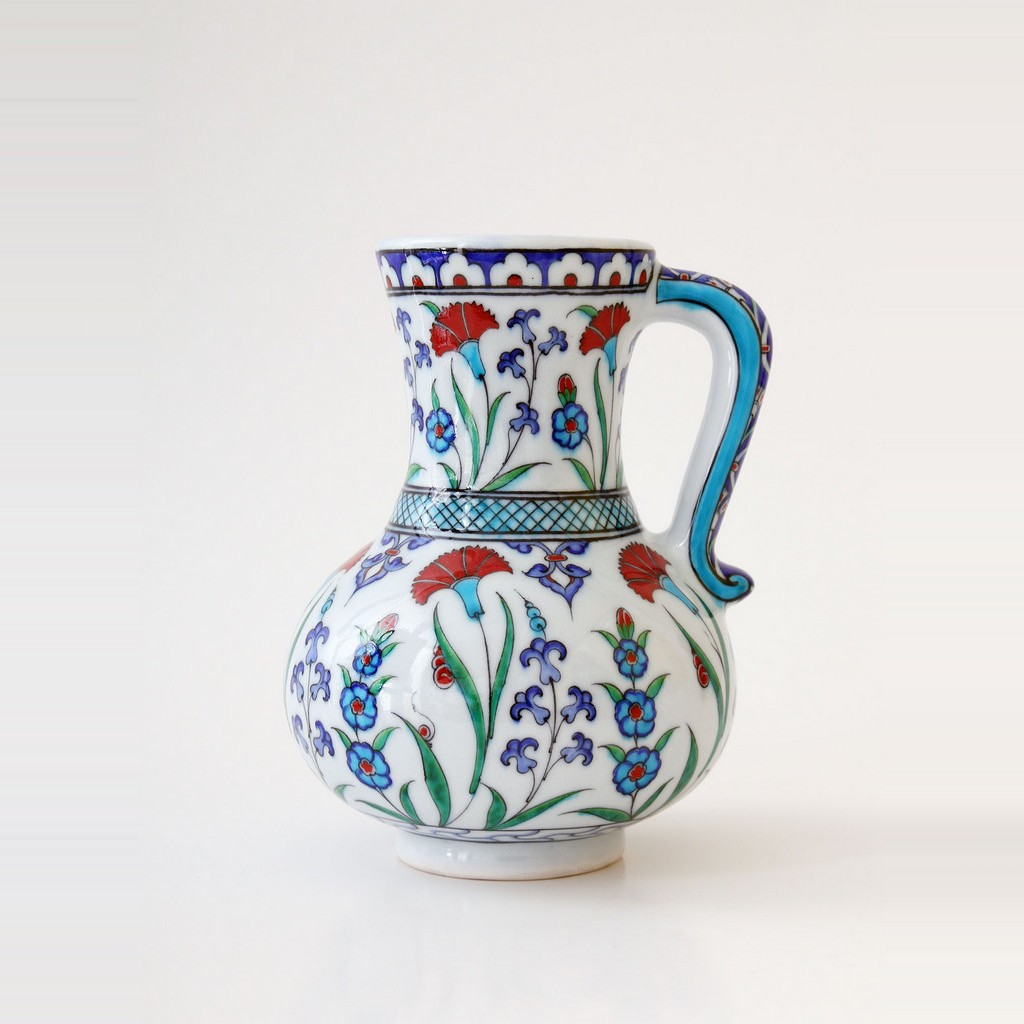 Jug with saz leaves and flowers ;23;15 - GEOMETRIC
