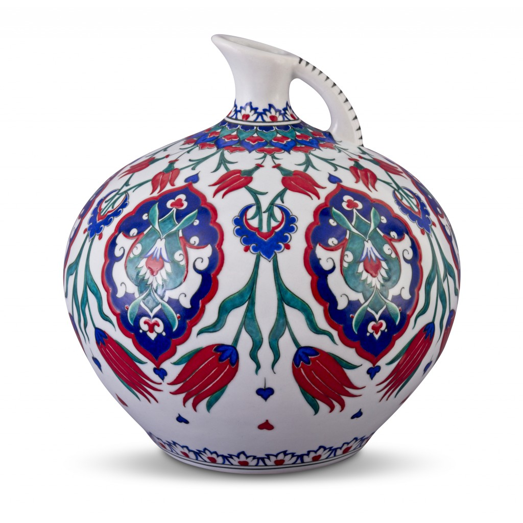 Jug with tulips and Rumi patterns ;31;28;;; - JUG