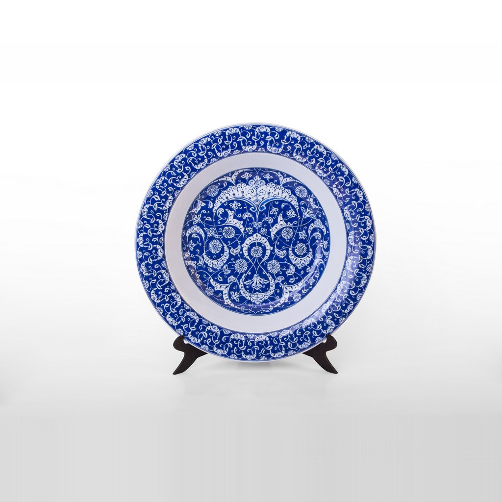 Plate in Baba Nakkaş style ;;51 - BLUE & WHITE