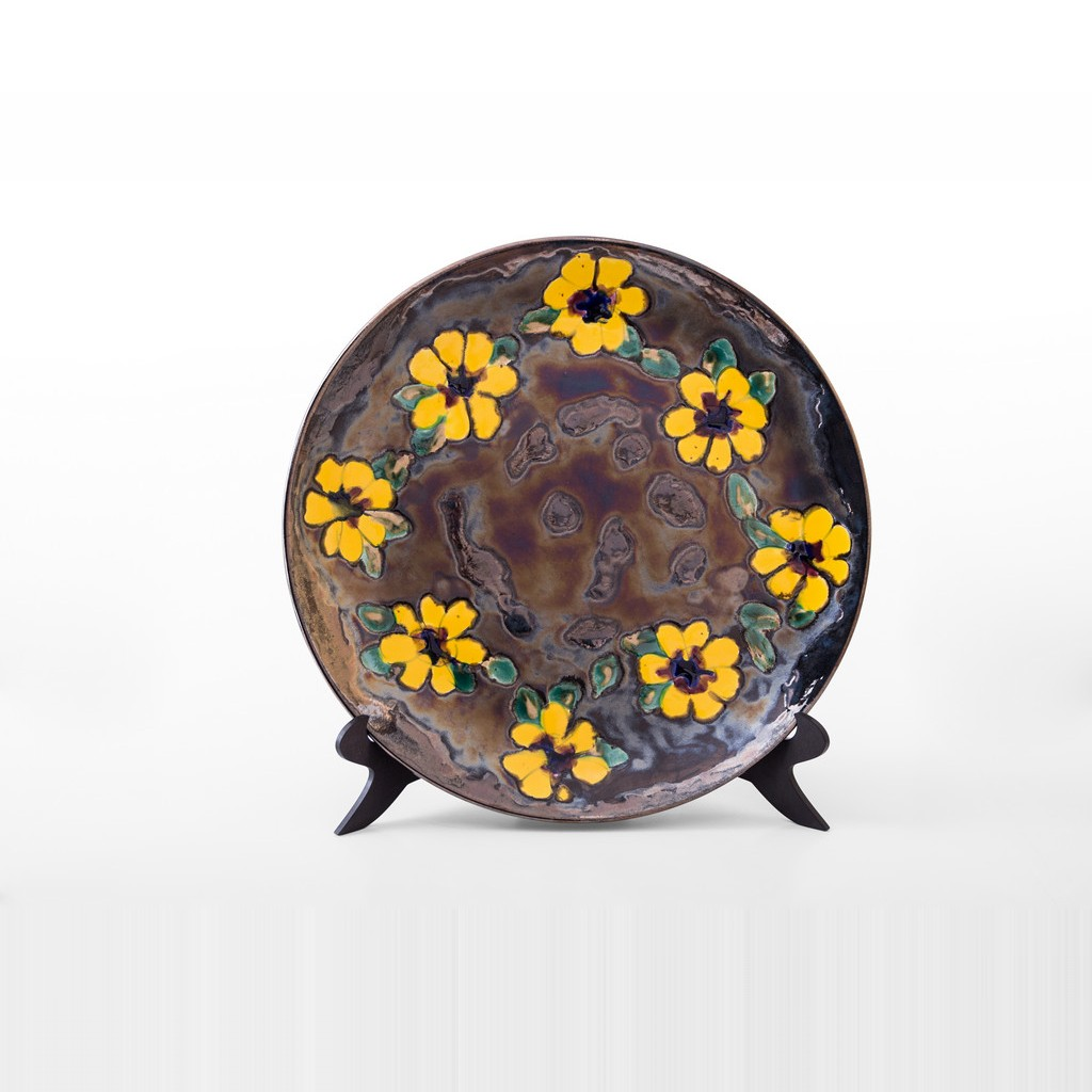 Plate with daisies in contemporary style ;;40 - CONTEMPORARY