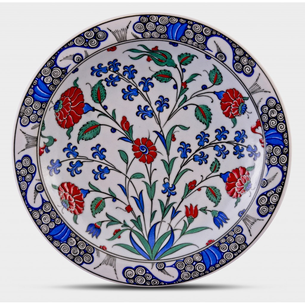 Plate with floral pattern ;;30;;; - PLATE