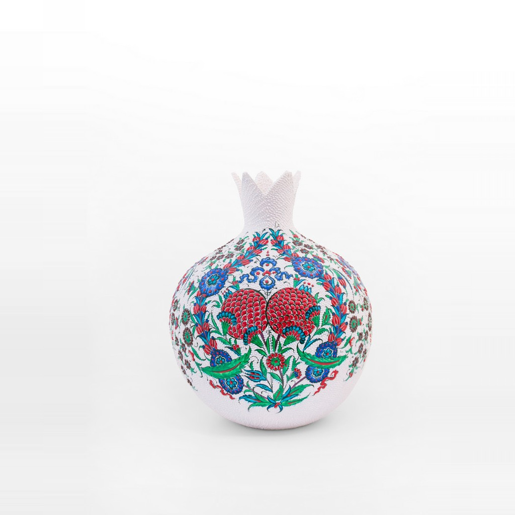Pomegranate figure with saz leaves and floral pattern ;45;33;;; - ARTIST Saim Kolhan