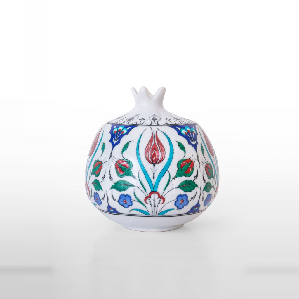 Pomegranate with floral pattern ;23;30;;; - ARTIST Adnan Ergüler