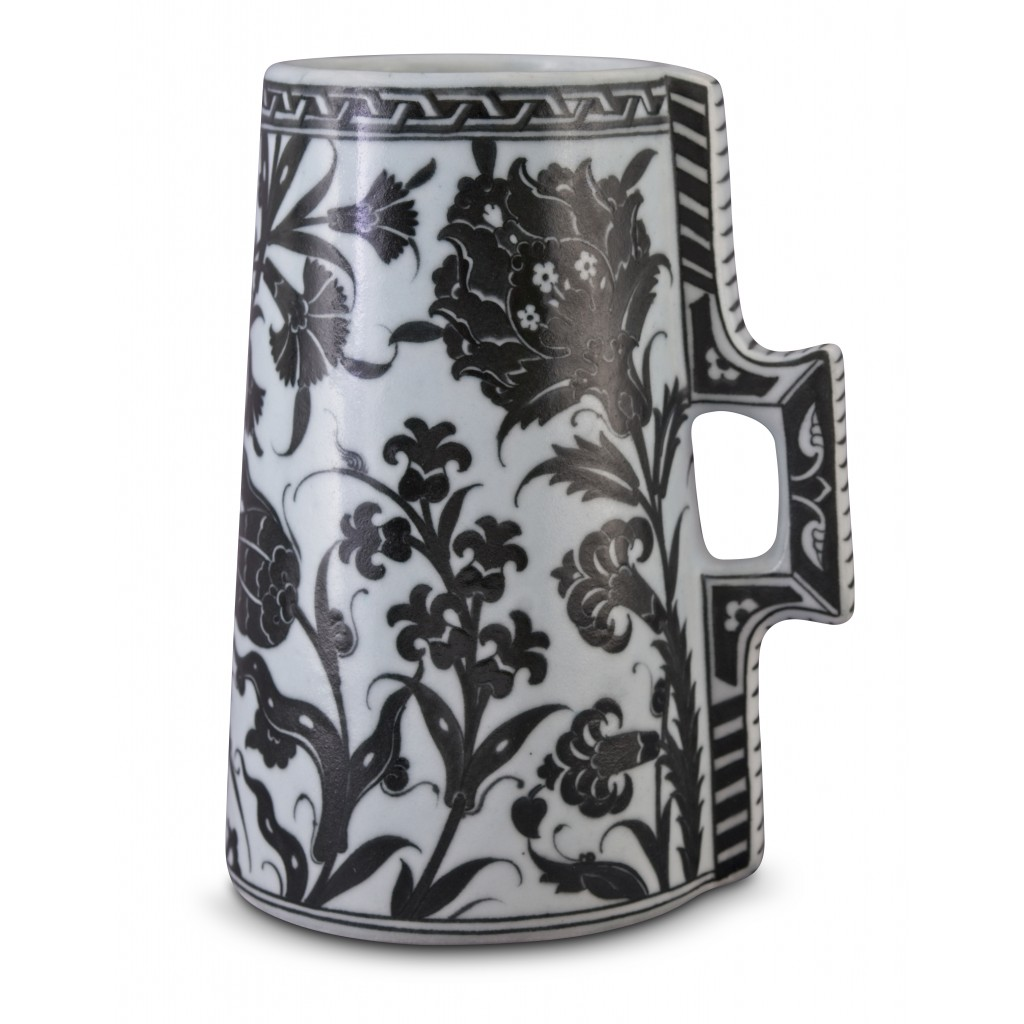 Tankard with hatai, tulips and hyacinth patterns ;23;16;;; - JUG