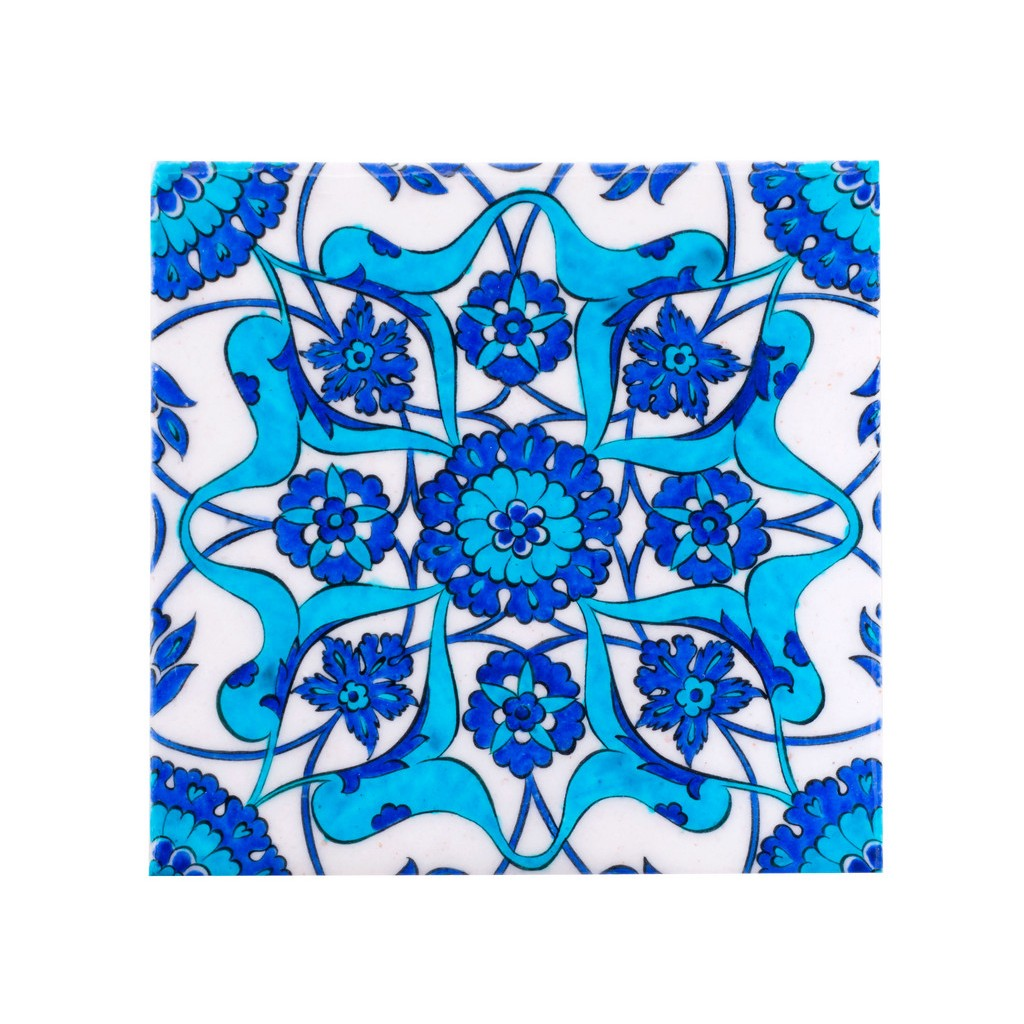 Tile with central hatai and rumi pattern ;;20/25 - FLORAL