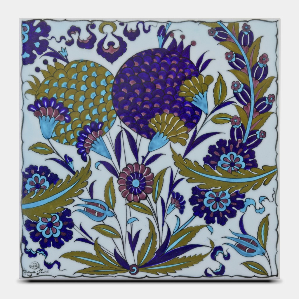 Tile with floral pattern ;25;25;;; - FLORAL