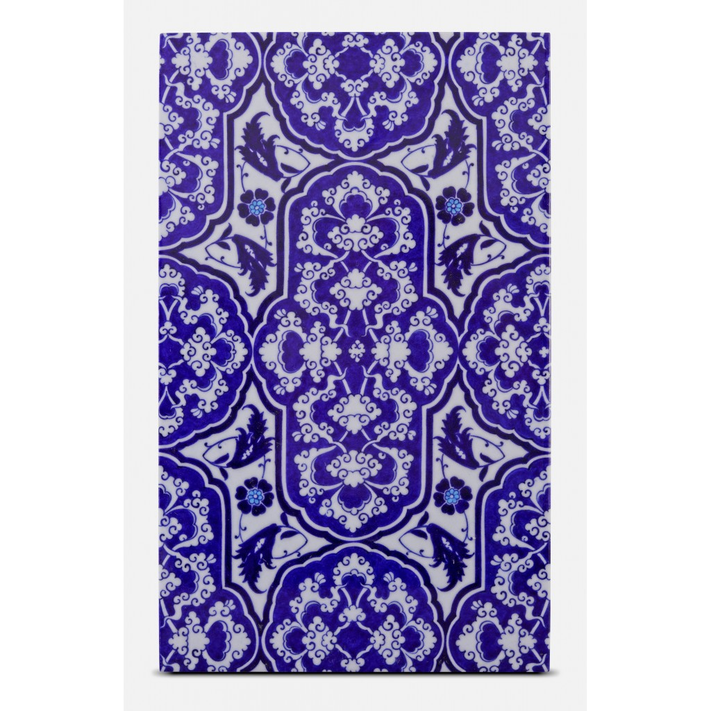Tile with floral pattern ;47;28;;; - GEOMETRIC