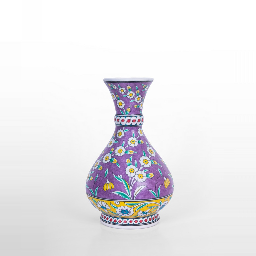 Vase with daisies and leaves ;32;24 - FLORAL