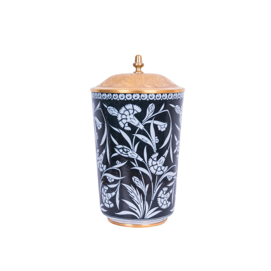 Vase with floral pattern ;34;19;;; - BLACK & WHITE