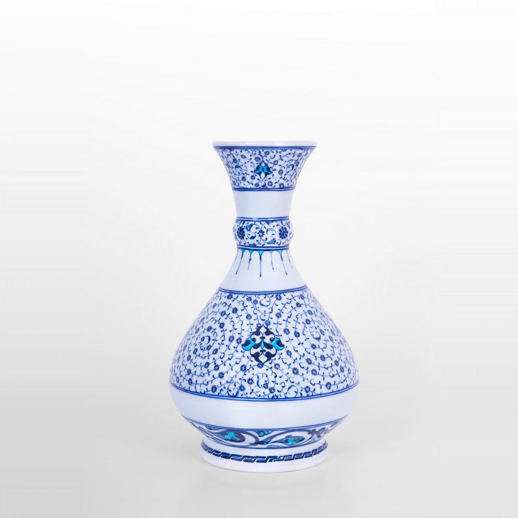 Vase with spiral tugrakesh (golden horn) pattern ;32;24 - BLUE & WHITE