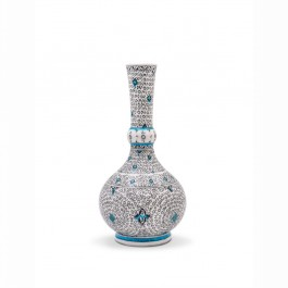 FLORAL Vase with spiral tugrakesh (golden horn) pattern ;;