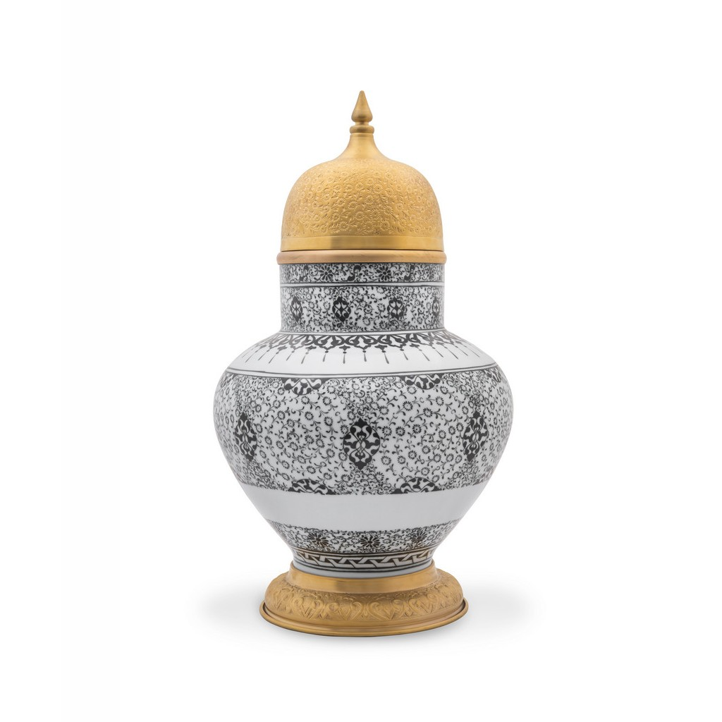 Vase with tughrakesh pattern ;;;;; - VASE