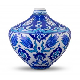 BLUE & WHITE Vase with tulips and Rumi pattern ;;;;;