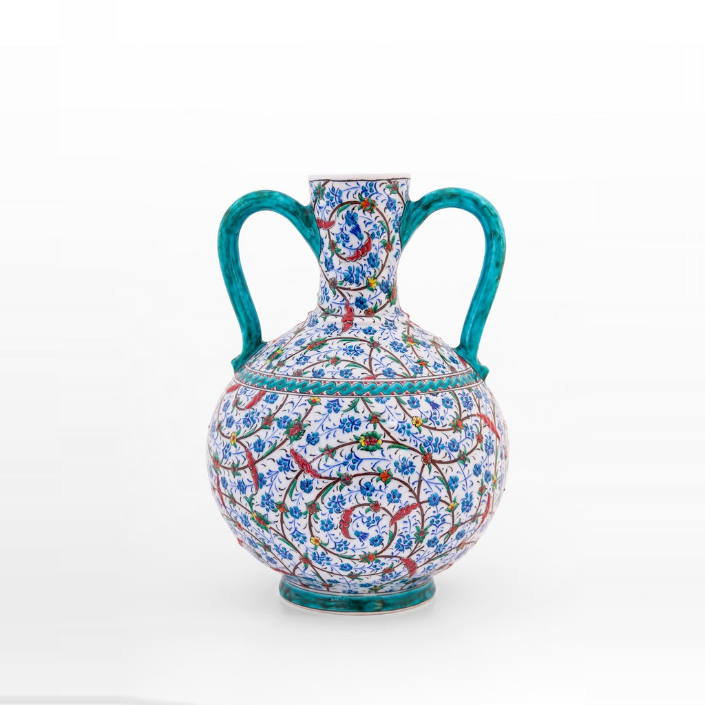 Water bottle with contemporary tugrakesh pattern ;35;22 - JUG